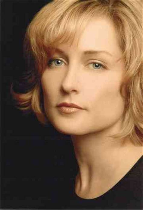 amy carlson haircut on blue bloods bob amy carlson age bra size height weight measurements