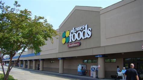 lowes foods closing cary store 3 more in n c triangle