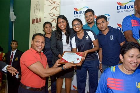 Mba Colombo 2016 by Shuttlers Shine At The 33rd Mba Inter Firm Team