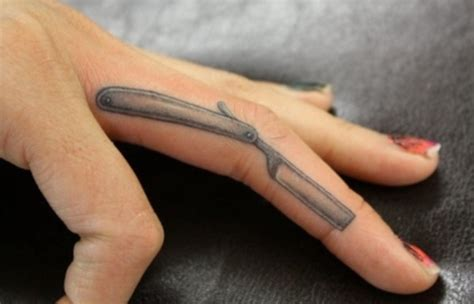 55 cute little finger tattoo ideas to try this year