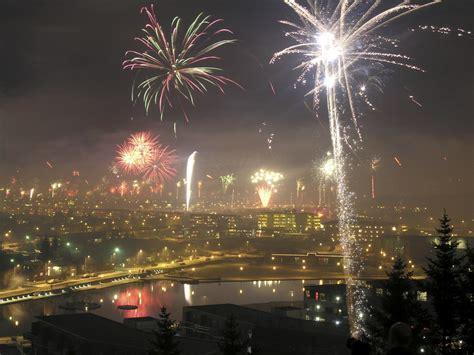 christmas celebrations around the world thinglink