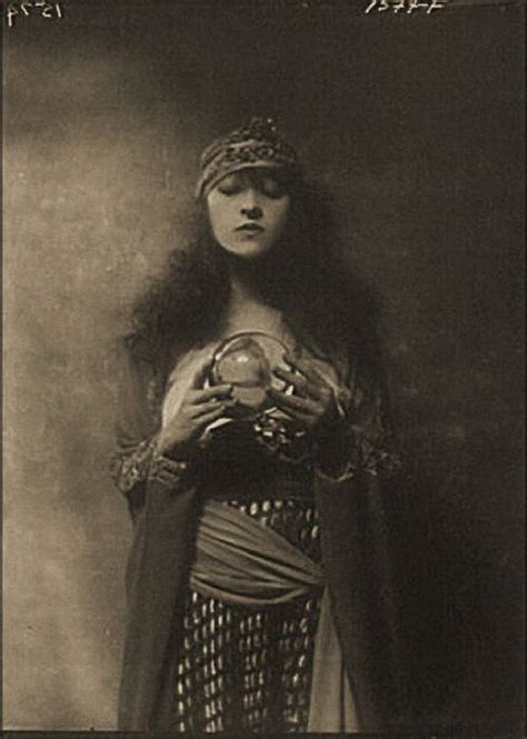 haircut express baraboo best 25 vintage circus costume ideas on pinterest