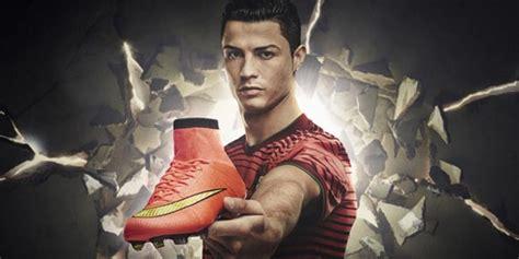 Sepatu Bola Nike Ronaldo Terbaru ronaldo luncurkan sepatu nike mercurial superfly bola net
