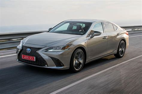 2019 Lexus Es Review by Lexus Es 300h 2019 Review Autocar
