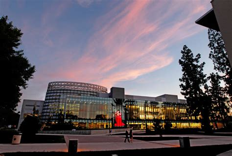 Mba In California State Fresno by Henry Madden Library