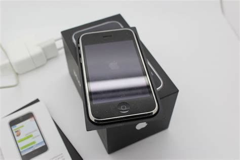 Charger Apple 567 Original Packing apple iphone 3gs 32gb black inc charger original box catawiki