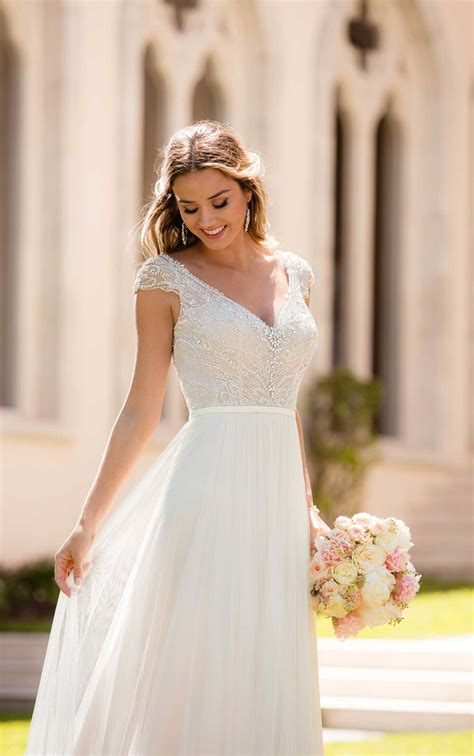 casual sophisticated wedding dress stella york wedding gowns