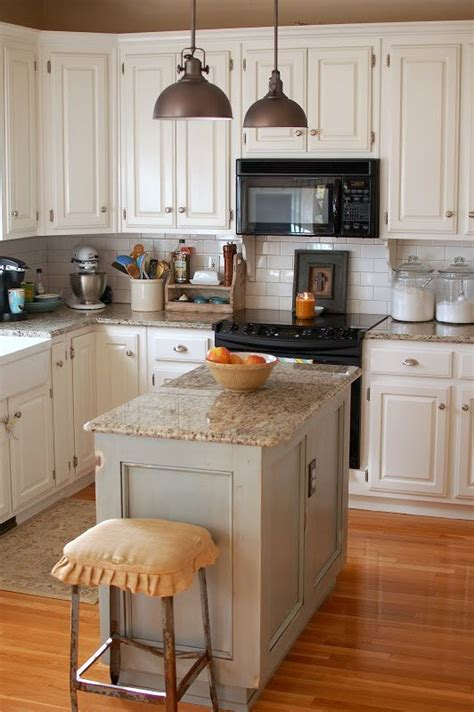 island in a small kitchen 25 b 228 sta small kitchen islands id 233 erna p 229 pinterest sm 229