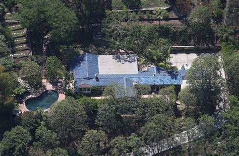 orlando bloom home orlando bloom in orlando bloom rents out his home zimbio
