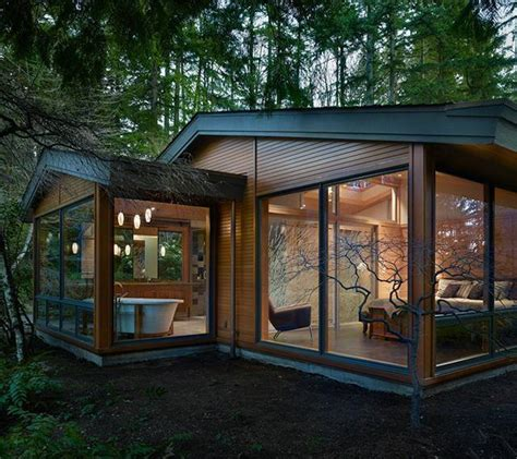 pacific northwest modern home shed roof architecture