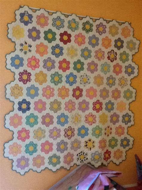 Flower Patchwork Quilt - grandmothers flower quilt grandmother s flower garden