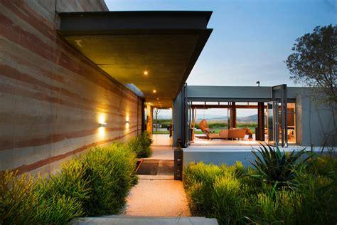 Richardson Architect modern residential architecture inspiration view through