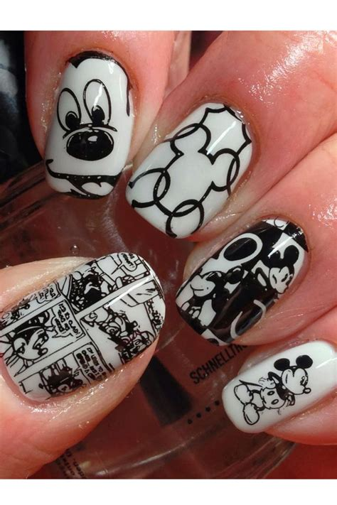 How To Decorate Your Nails by How To Decorate Your Nails With Mickey Mouse Nail