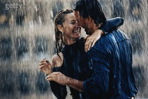 Couple Wallpaper With Rain | couple in rain wallpapers romance in the rain pictures