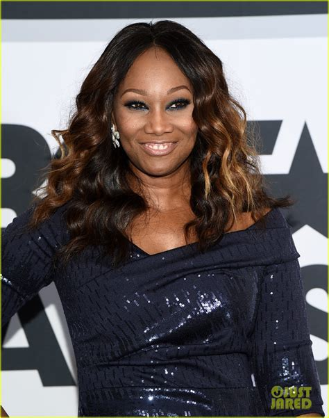 yolanda adams wigs does michelle obama wear wigs or extensions