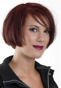 bob hairstyles with height simple chin length bob hairstyle with a lightly textured