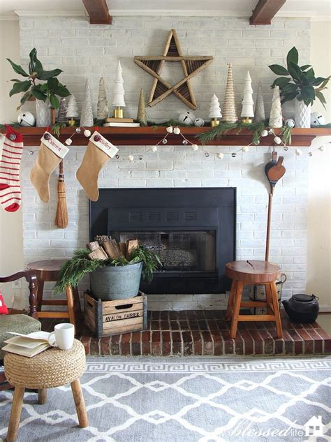 kitchen mantel decorating ideas 98 best decor mantel decorating images on merry mantels