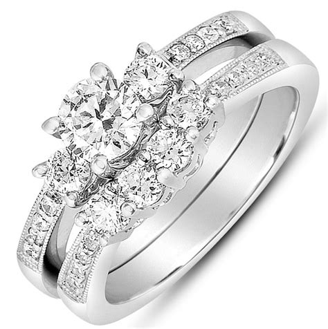 2 carat round diamond antique wedding ring set in white