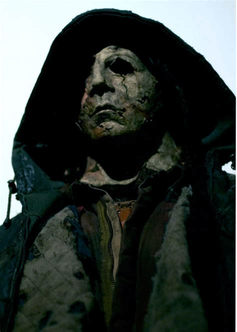michael myers rob 2 new pics of michael myers in 2 with and
