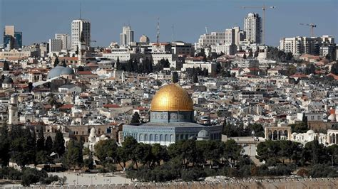 Thursday Three City Move To The Country by Clamor Mundial Para Que No Reconozca A Jerusal 233 N