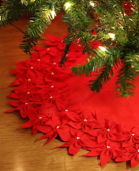 top 25 diy christmas tree skirts christmas celebrations