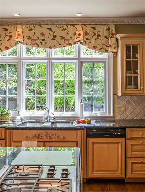 Kitchen Window Valences Pretty Kitchen Valance Window Treatments