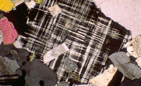 types of twinning in thin section native elements