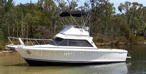 bertram 25 flybridge boat details boats yachts cruisers and more at dockside boat sales at