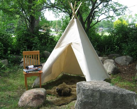 Backyard Teepee Tent by Teepee Tents For Easy Forts For