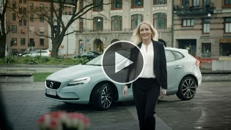 volvo cars pioneers  hour  car delivery service  swedish start  urb