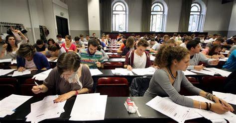 lauree senza test d ingresso 200 gi 224 tempo di selezioni un ateneo su due anticipa i test