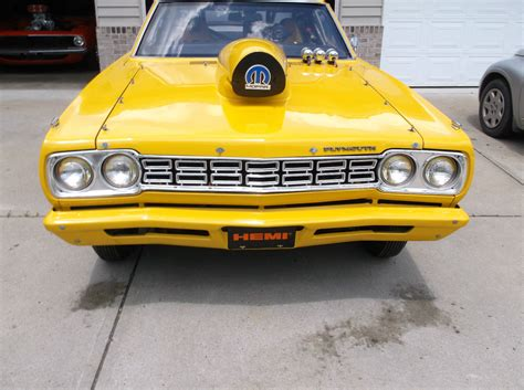 1968 plymouth duster 1968 plymouth roadrunner 572 indy hemi cuda challenger