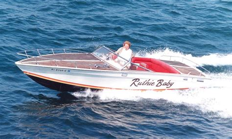 cigarette boat old 72 cigarette 24 keep it old school offshoreonly