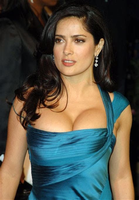 top 5 celebrities with best cleavage celebrity photo maniac the best celebrity cleavage