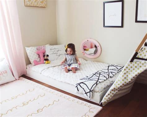 Ranjang Kayu Kecil tempat tidur cantik tanpa ranjang rumah dan gaya hidup