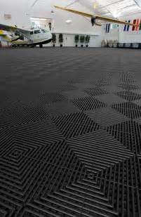 Garage Floor Mats 25 Best Ideas About Rubber Garage Flooring On