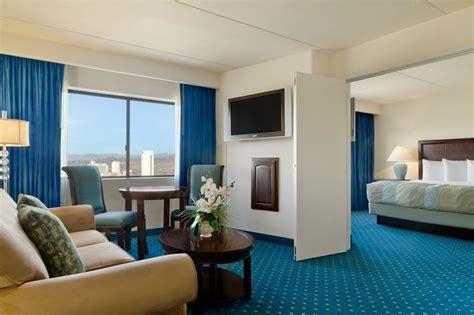 Cheap Rooms In Laughlin by Harrah S Laughlin Laughlin Nv 2900 South Casino 89029