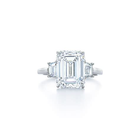 emerald cut ring with trapezoid side stones set