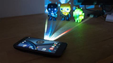 Moto Z Projector on review ifa 2016 moto z play