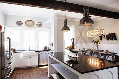 magnolia homes light fixtures scale fixer upper episode 1 accessorize pinterest