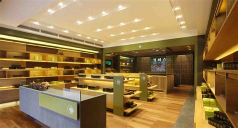 Ceiling Shop Lights How To Select The Led Lights For Store Decorating Commercial Lighting Has Increasingly Evolved