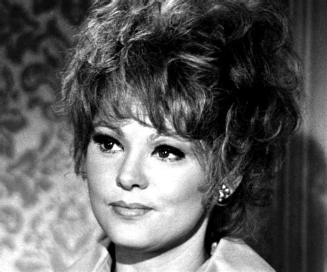 barbara harris biography childhood life achievements timeline