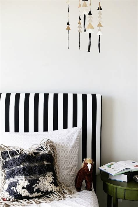 Photo Black And White Striped Headboard