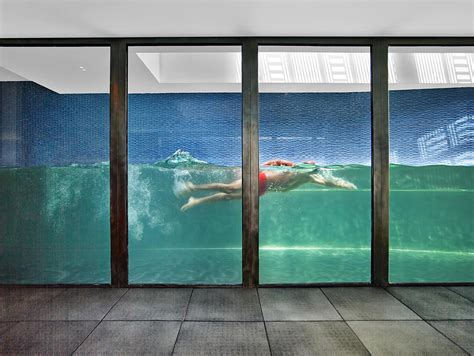 Nyc Backyard Glass Walled Swimming Pools 10 Amazing Designs