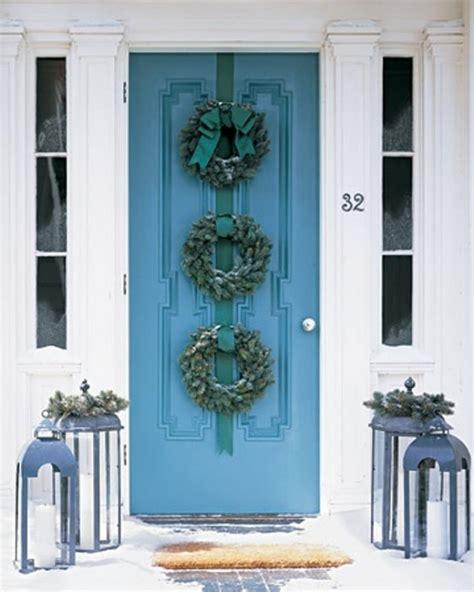 3 Christmas Wreaths Hanging Door Decor Home Ideas Hanging A Front Door