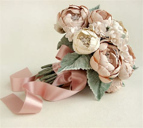 Handmade Bouquet - the canopy artsy weddings weddings
