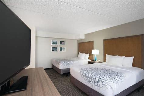 350 lighting way secaucus nj 07094 la quinta inn suites secaucus meadowlands nj omd 246 men