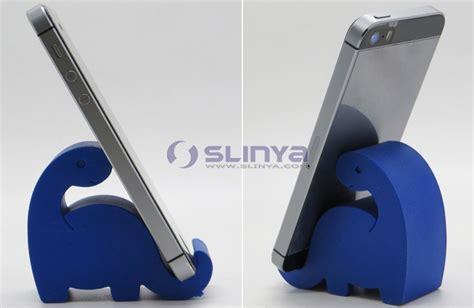 Plastic S Shaped Mobile Phone Stand Holder Green 2010 plastic lovely puppy cell phone desk animal holder