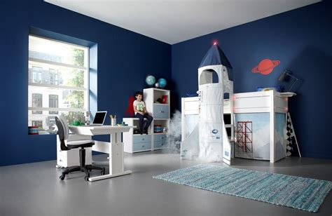 13 cool kids bedrooms letti singoli collection from di lovely range of themed children s beds mixing fun play