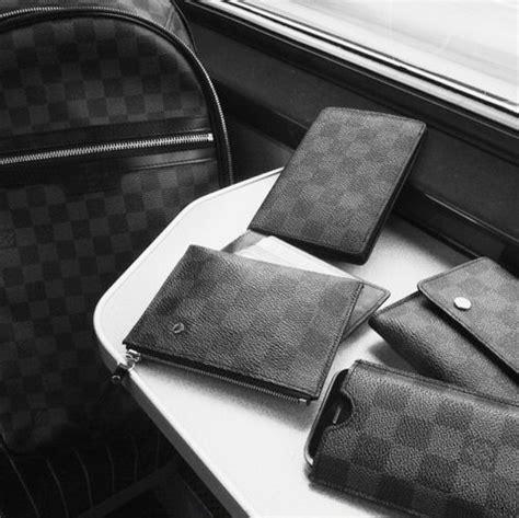 Set Black Lv this designer wallet pouch set http